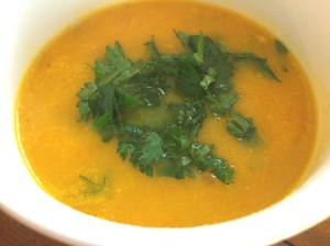 Yellow Bell Pepper Soup with Thyme and Parsley